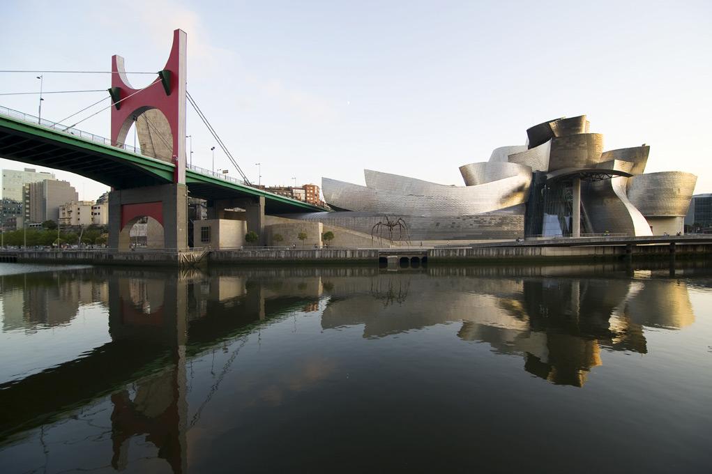 Guggenheim Museum. Fonte: http://www.guggenheim-bilbao.es/
