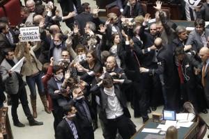 Imu-Bankitalia: bagarre in Aula Camera