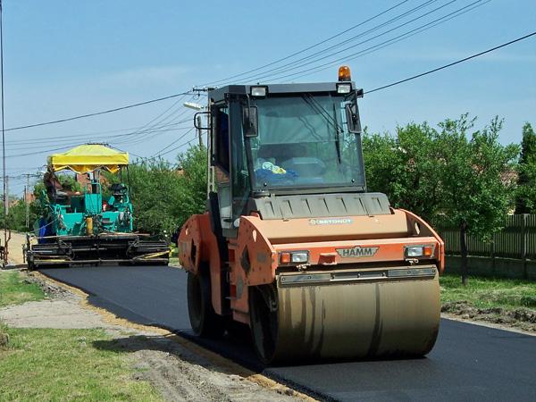 Interventi-di-manutenzione-opere-stradali-Parma