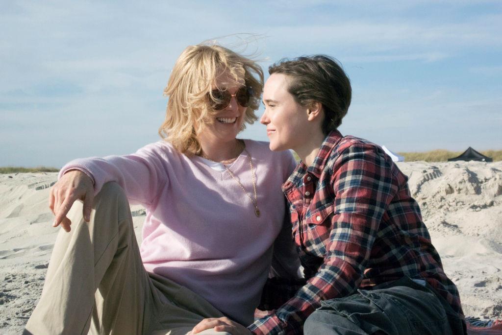 Julianne-Moore-ed-Ellen-Page-in-Freeheld