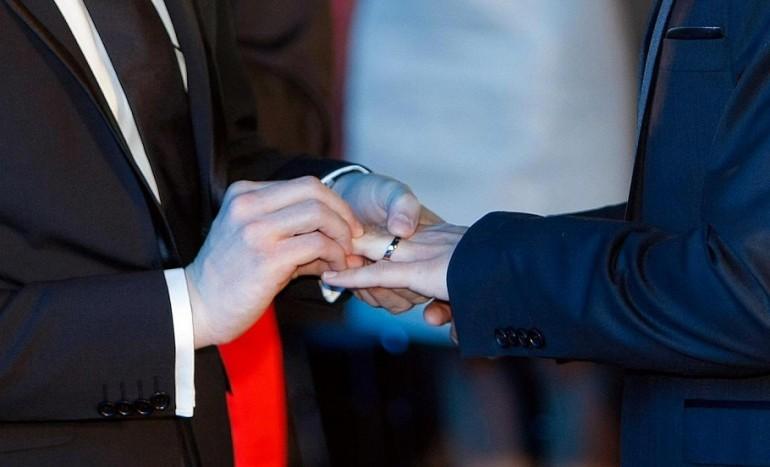 matrimonio-gay-omofobia-770x467