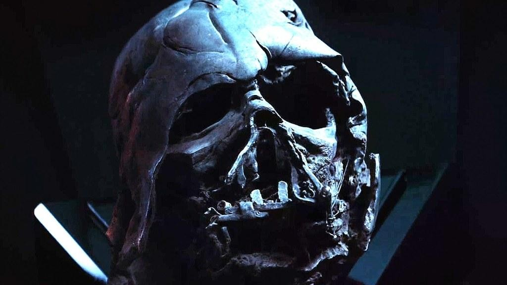 Star Wars 7 teschio casco Darth Vader