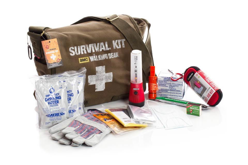 the walking dead kit sopravvivenza regalo Natale