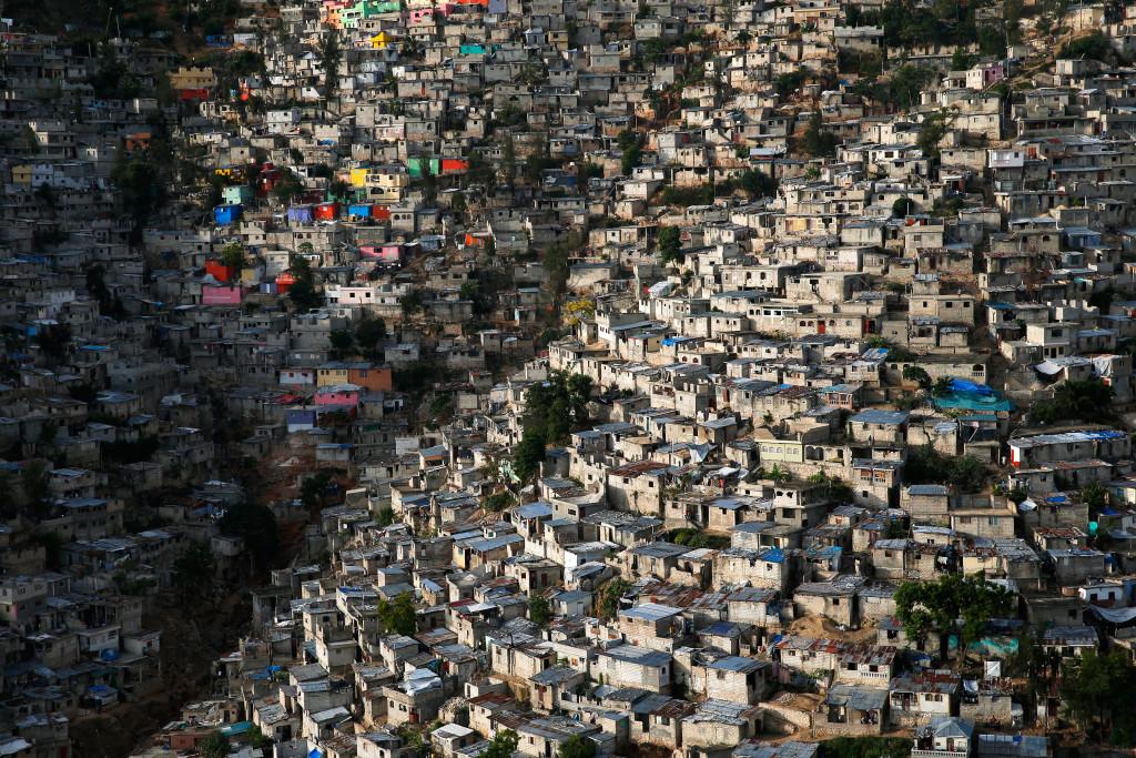 Jalousie, una baraccopoli nel quartiere di Pétionville , un sobborgo di Port-au - Prince, Haiti