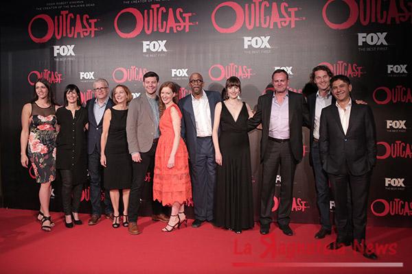 outcast cast roma