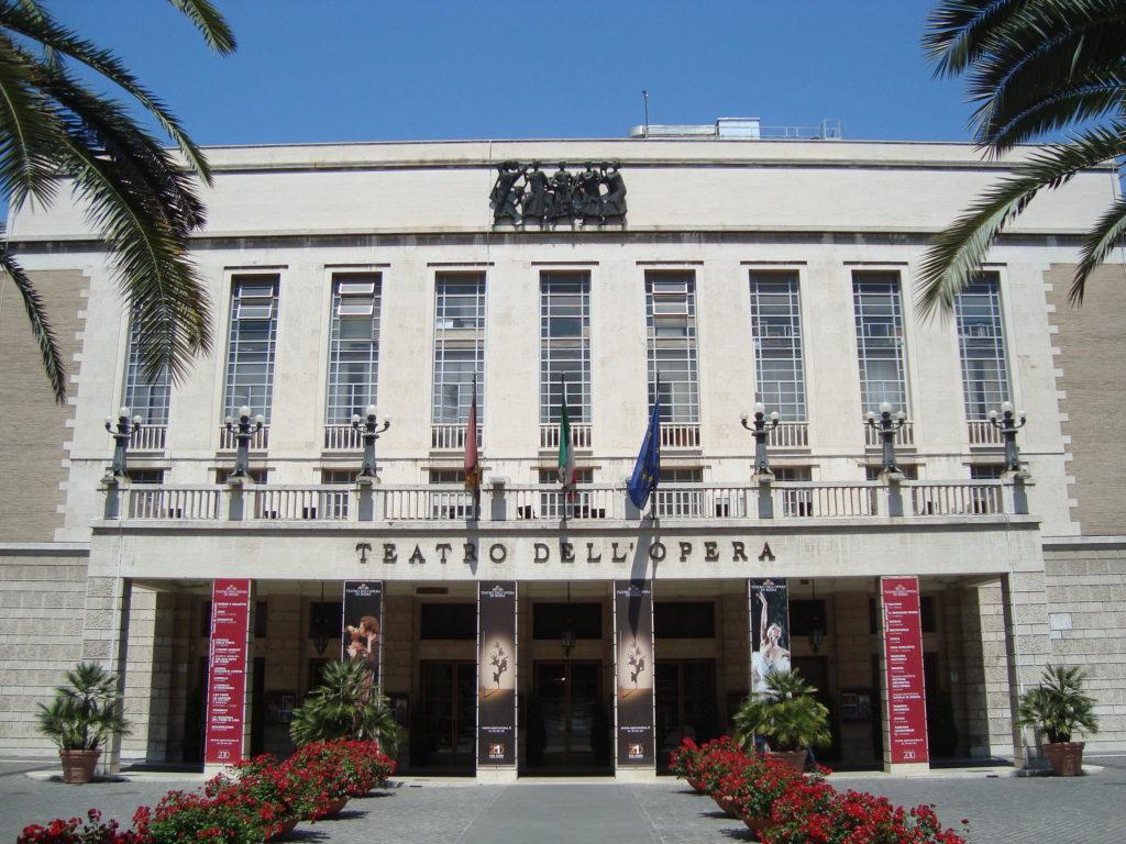 Il Teatro dell'Opera. Fonte: manimagazine.it