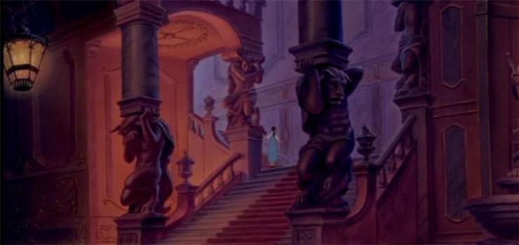 La Bella e La Bestia statue