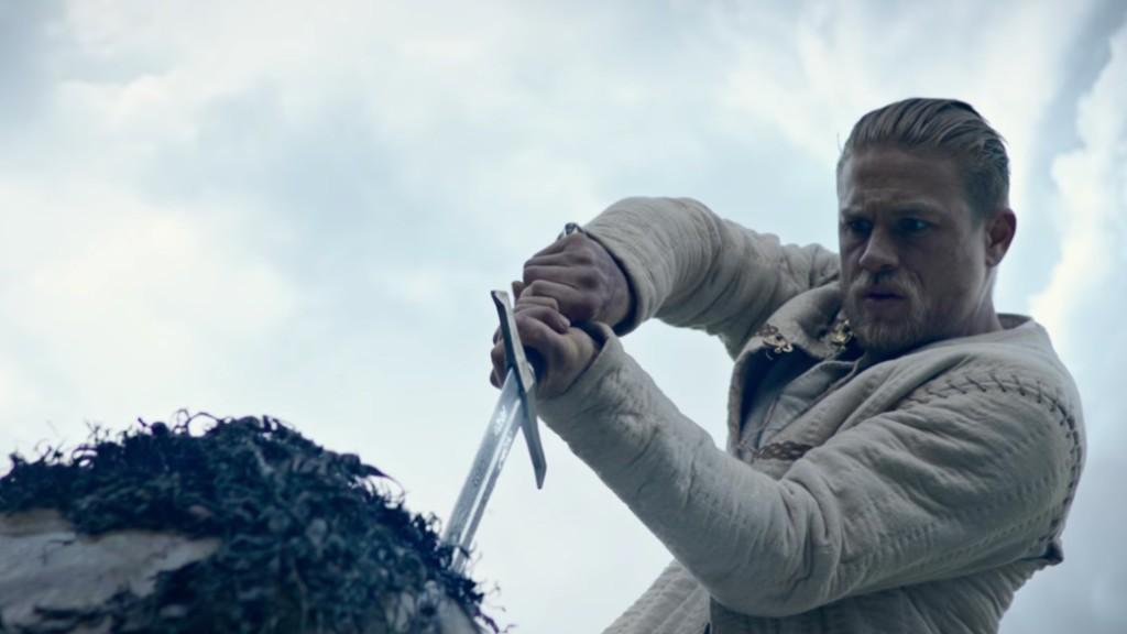 king-arthur-il-potere-della-spada-charlie-hunnam