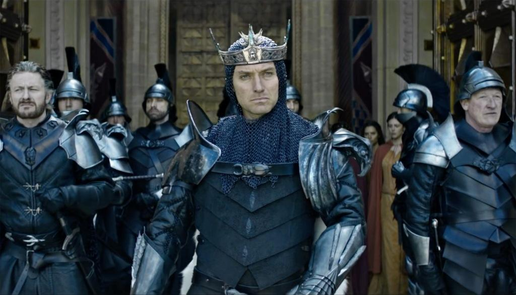 King Arthur Il potere della spada Jude Law
