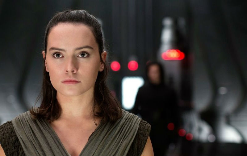 Star-Wars-Gli-Ultimi-Jedi-Daisy-Ridley-recensione