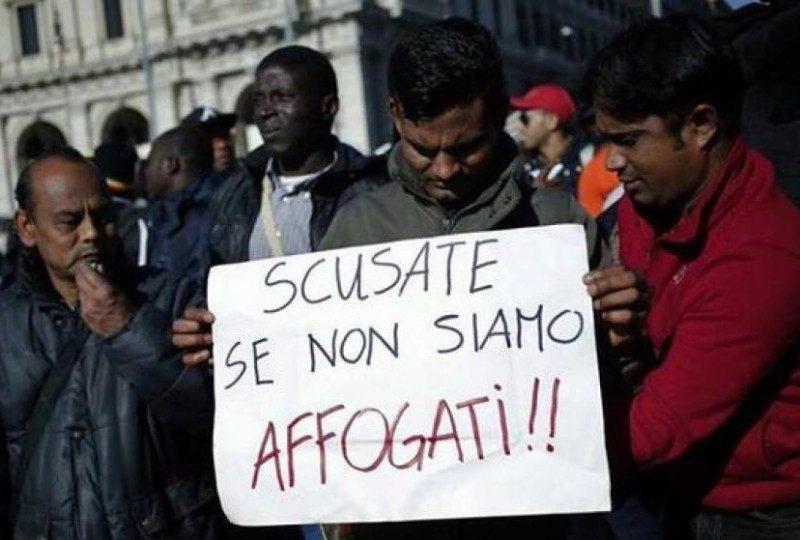 manifestazione accoglienza dei migranti