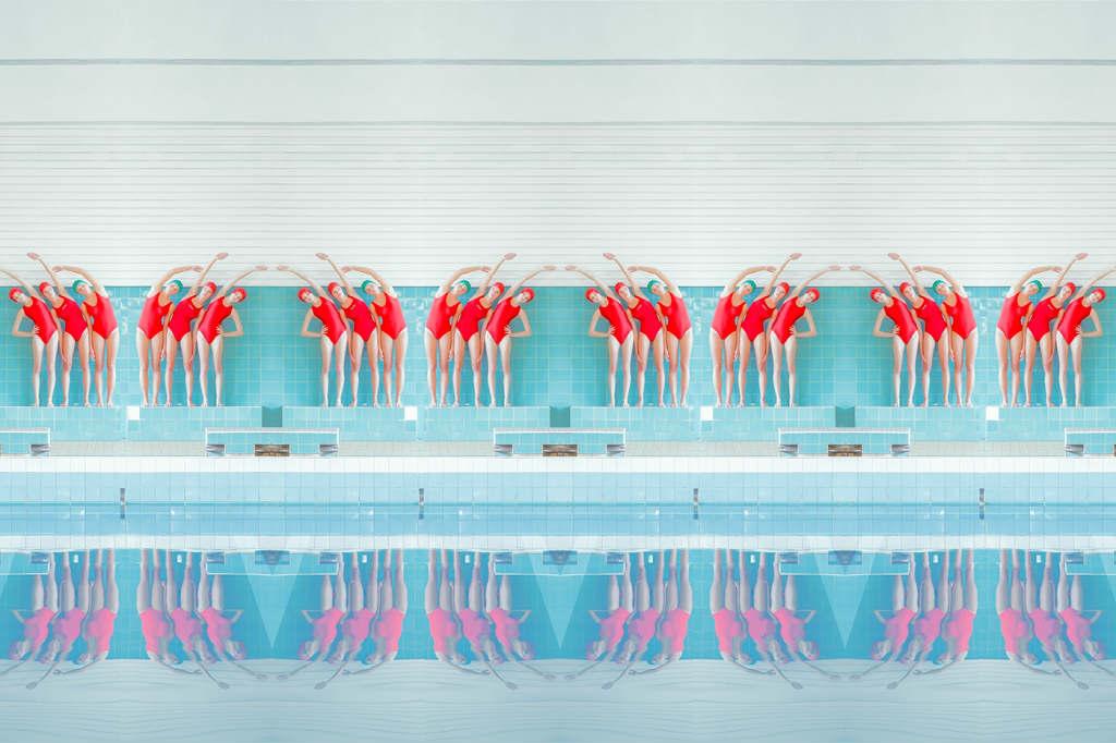 Maria-Svarbova-foto-swimming-pool